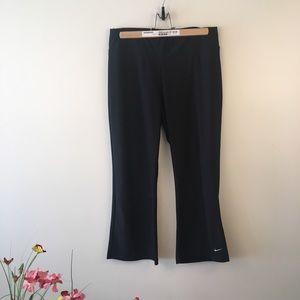 Nike Fit dry running pants Capri length black med.